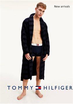 Tommy Hilfiger katalógus ( Több mint egy hónap )